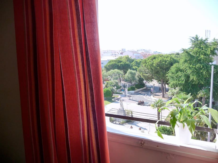 Charming apartment Old Antibes
