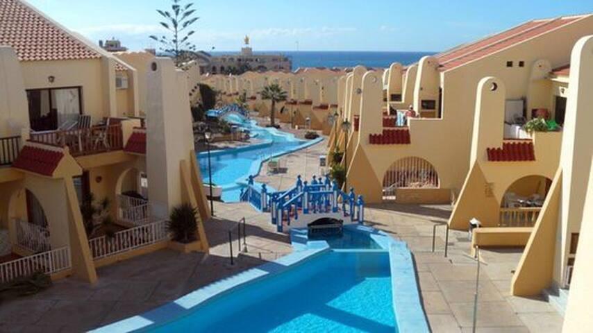 Apartamento en complejo turístico - Costa Adeje - Byt
