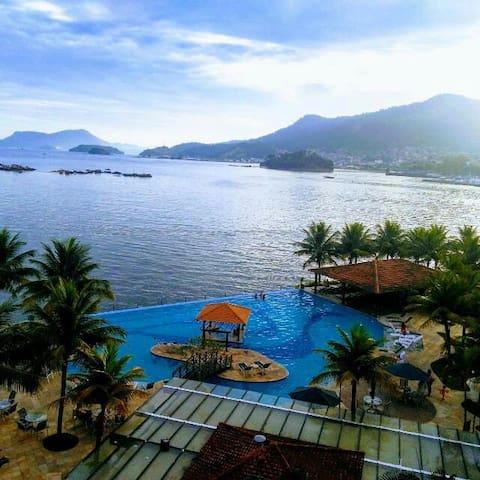 Apartamento de 2 quartos no Condomínio Porto Bali
