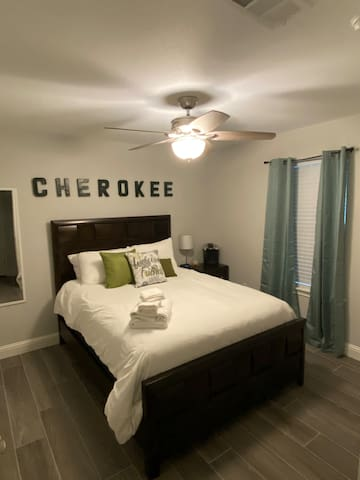 The Cherokee Suite in Granbury