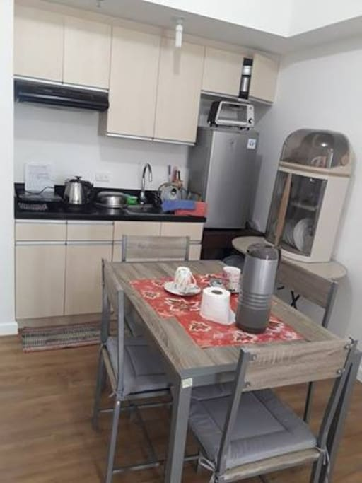 Cooking and dining area