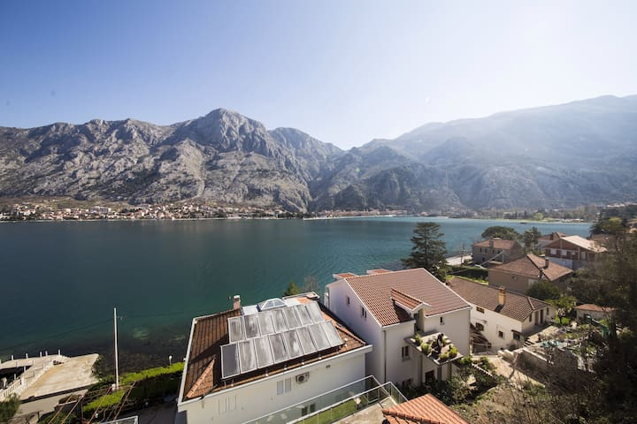 Spectacular View of Kotor Bay - Muo - Byt