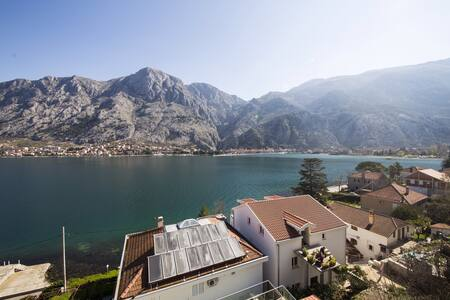 Spectacular View of Kotor Bay - Muo - Huoneisto