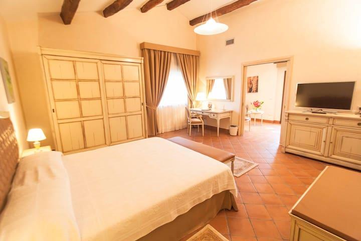 Tenuta Ciminata Greco - Superior Suite - Rossano Stazione - Bed & Breakfast