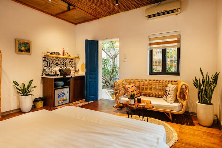SunStay-Discovery apartment, in the Old Quarter