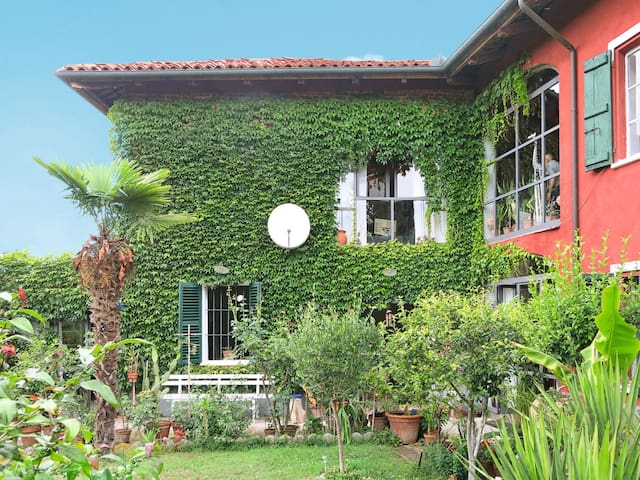 Holiday House Campanella in Asti