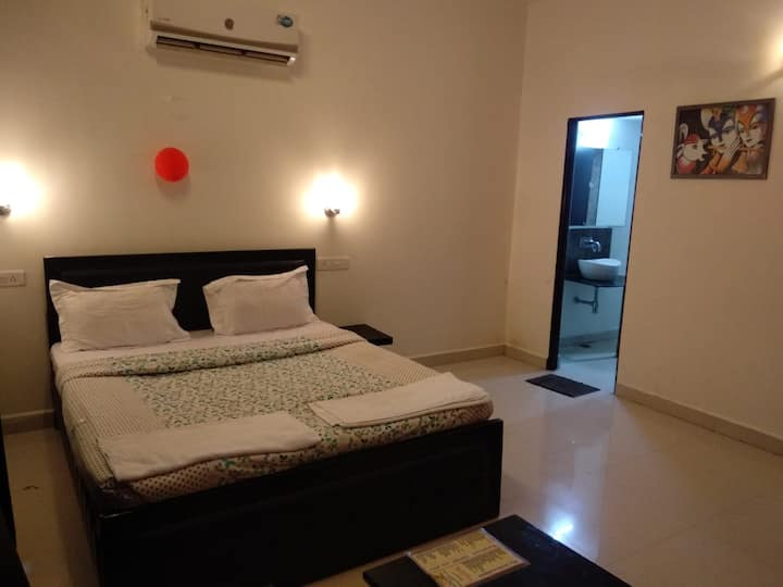 Nakshatra Jungle Resort and Spa(Deluxe Room)