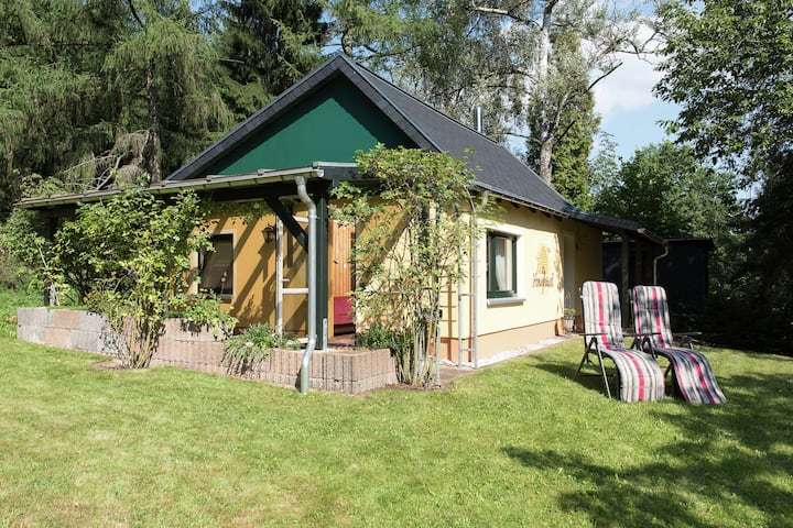 Fascinating Holiday Home in Walthersdorf with Roofed Terrace