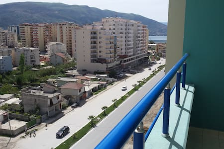Villa Zamos - Rr. G.Kastrioti - Vlorë - Apartamento