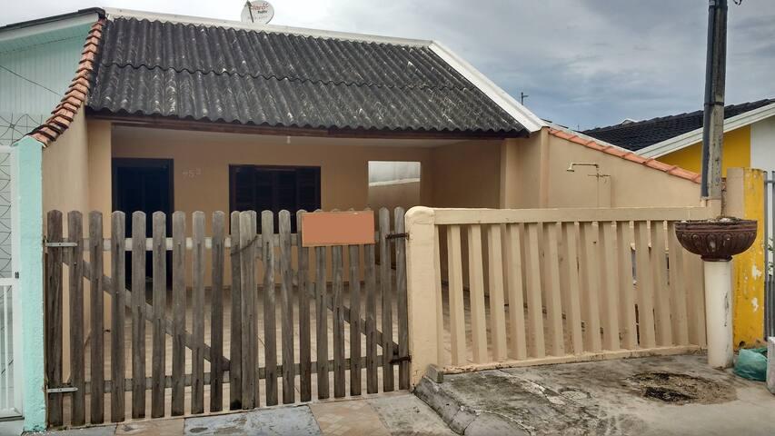 Casa no Balneário de Betaras