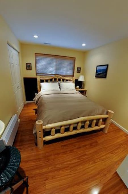 Log Bedframe w Queen Pillow Top Mattress