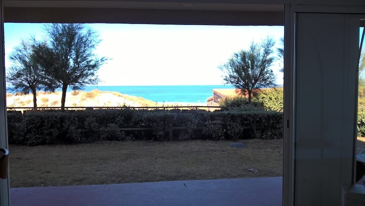 PLAGE SUD 64 M2 APPARTEMENT CONTEMPORAIN VUE MER
