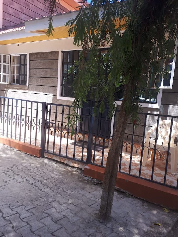 Laiboni Home Annex