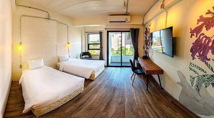 Bangkok Oasis Hotel