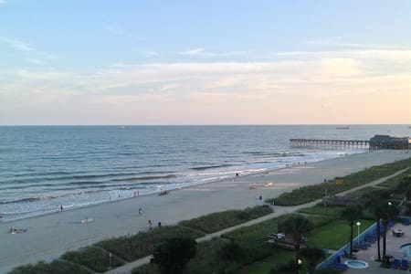"Direct ""OCEANFRONT"" Condo in Sunny Myrtle Beach - Myrtle Beach - Departamento"