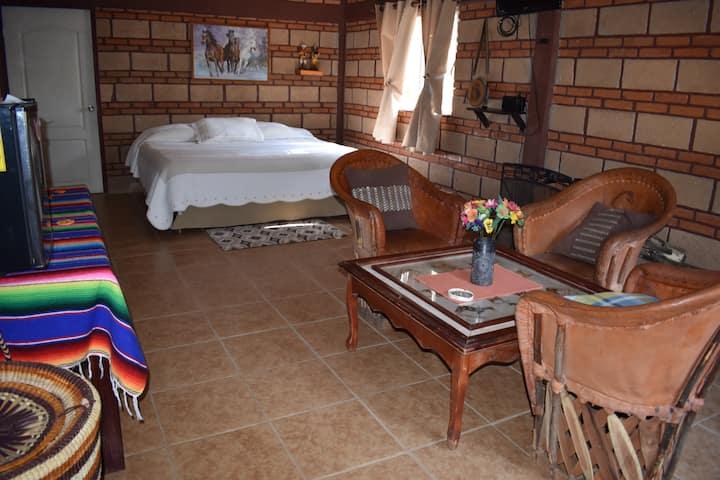 Amplio bungalow independiente con Jacuzzi