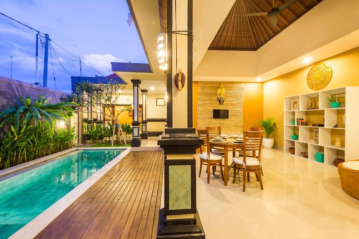 Canggu, pool, very quiet area, close Cafe Del Mar