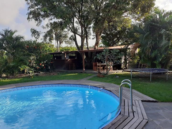 Ecolodge et jardin tropical avec piscine privative