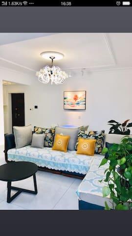 玖月桔子4+1公寓