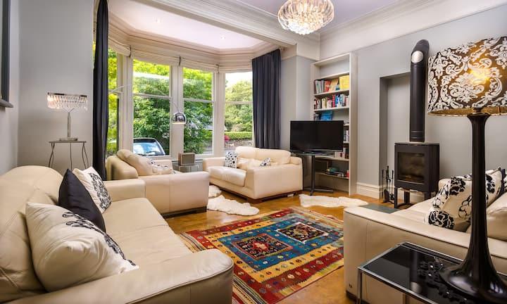 The Boundary - Large Luxury Holiday Home