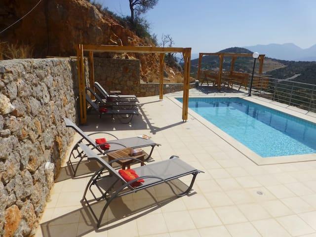 Villa Jasmine  - 3 floor villa overlooking Mira. - Istro - Villa