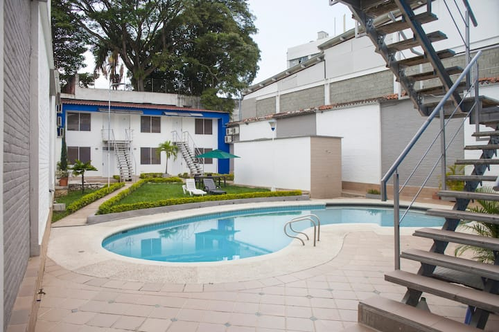 Relaxing apartment with pool! (6)