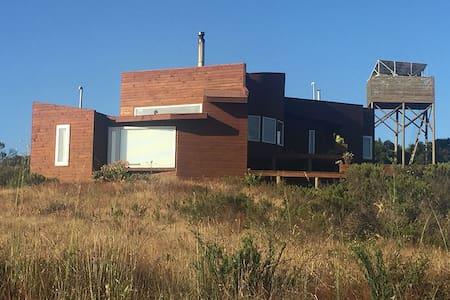 Se arrienda casa ecológica en Tunquen - Tunquen
