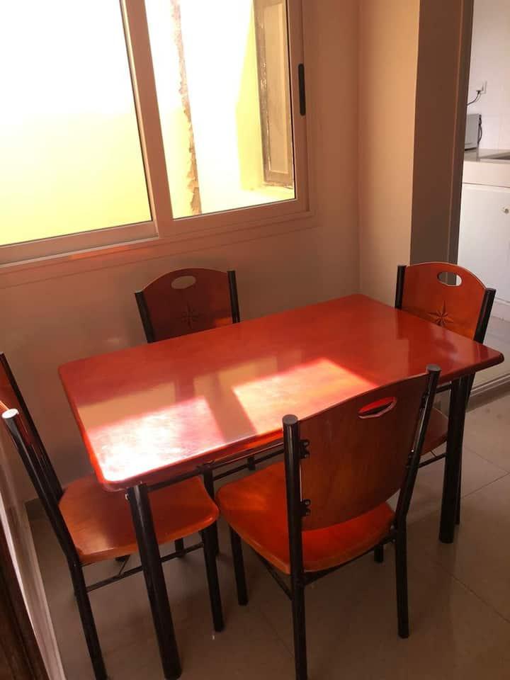 Studio chambre salon toilette cuisine