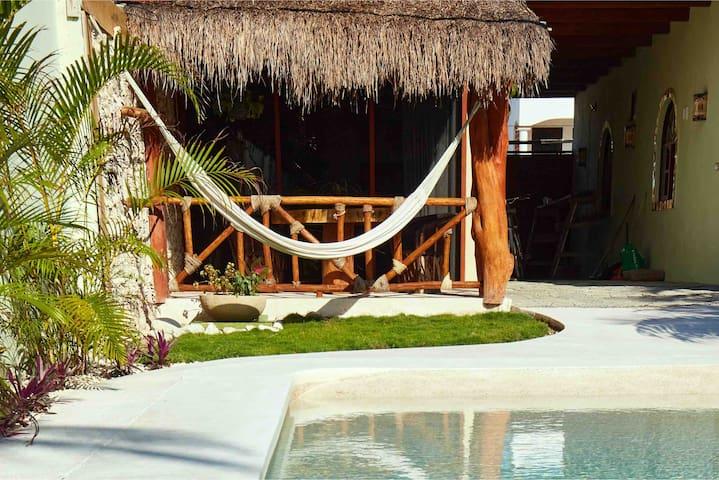 Casa Maya (Prehispanic experience).