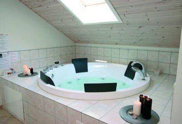 Luksus hus med spa og sauna - Idestrup - Bed & Breakfast