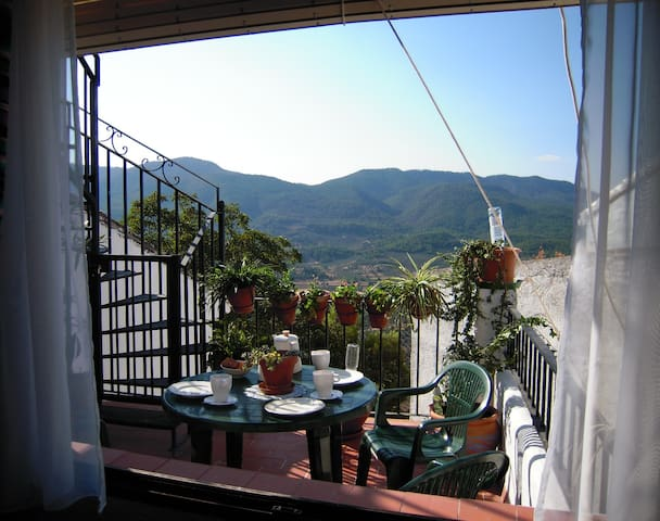 Casa Clotilde Suite: Ideal parejas-Familias (4pax)