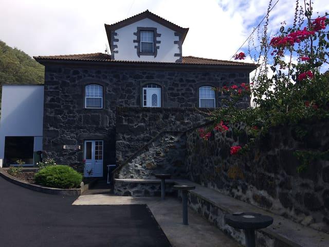 Casa de Familia - São Jorge