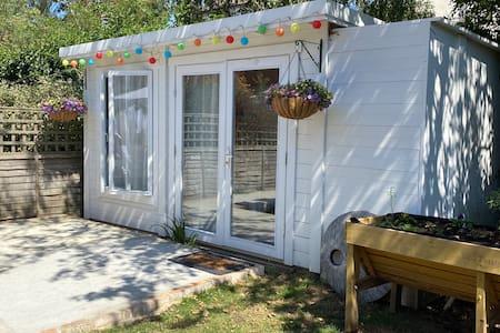 Polly's Perch Garden Studio