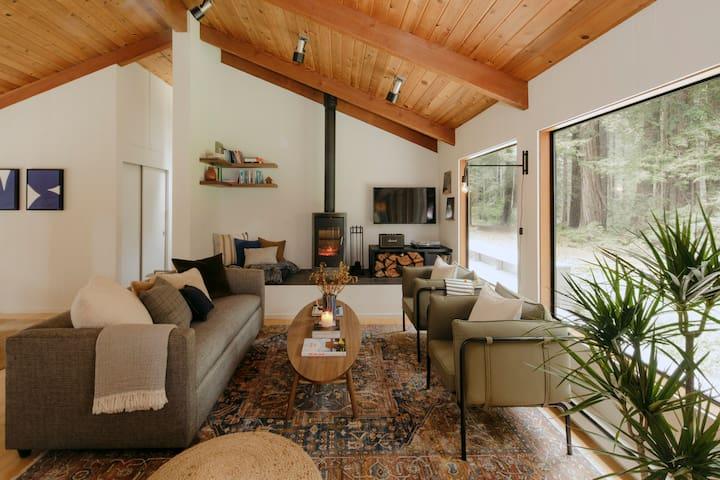The Ranch House: Award-Winning Forest Getaway