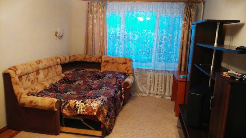 Небольшая однокомнатная квартирка около метро - Sankt-Peterburg - อพาร์ทเมนท์