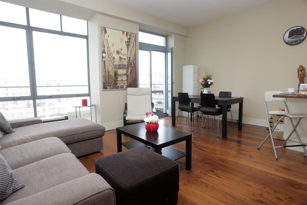 Large open plan living/dining area.
