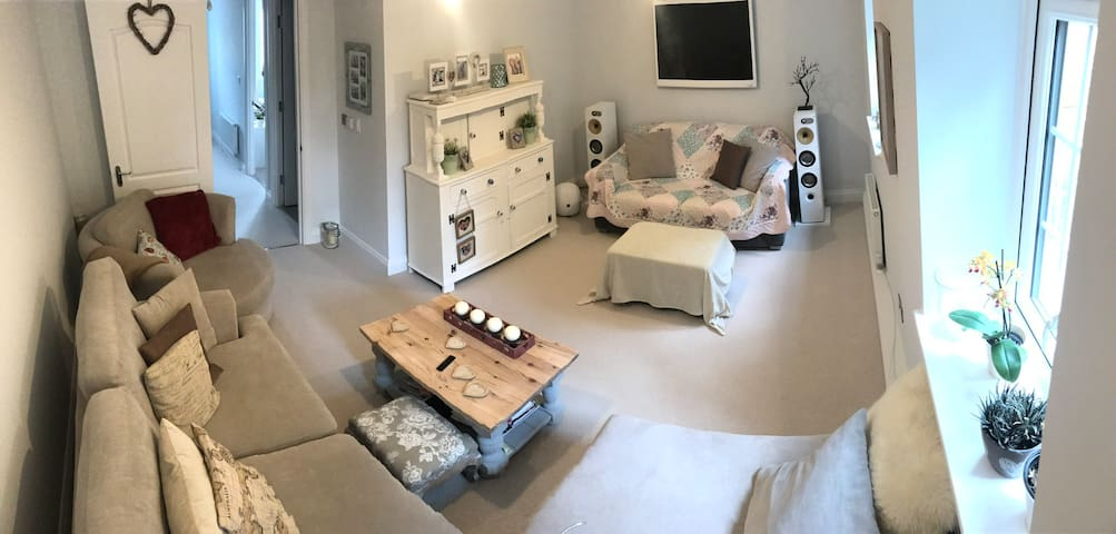 Own floor of house near Gatwick