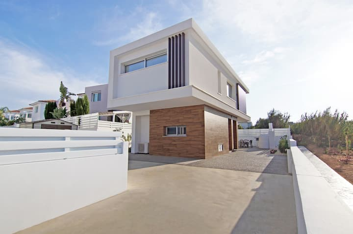 Thea Athena -new villa with private pool