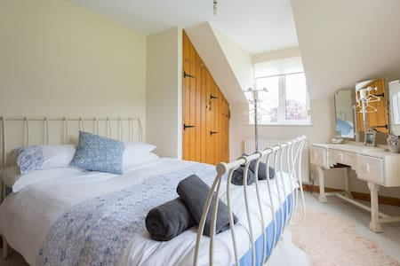 Croyde, Cross Cottage, Double Room - Croyde - บ้าน