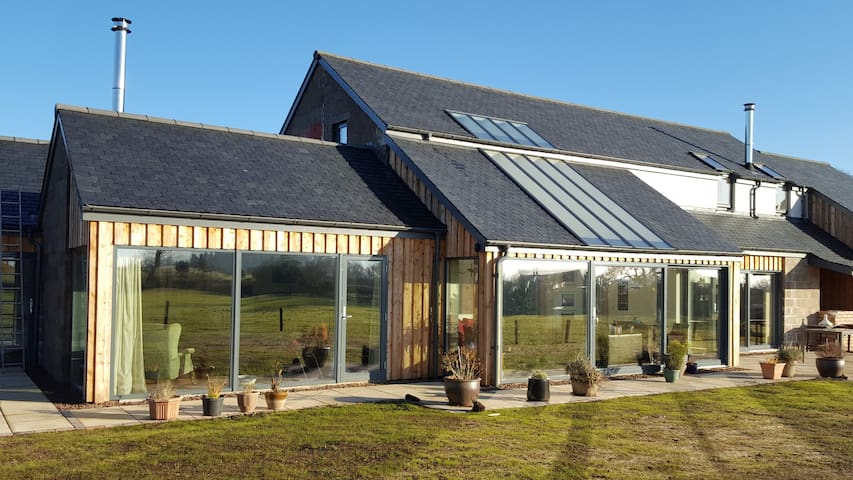 Wellrig Lea. Contemporary house near Duns Castle