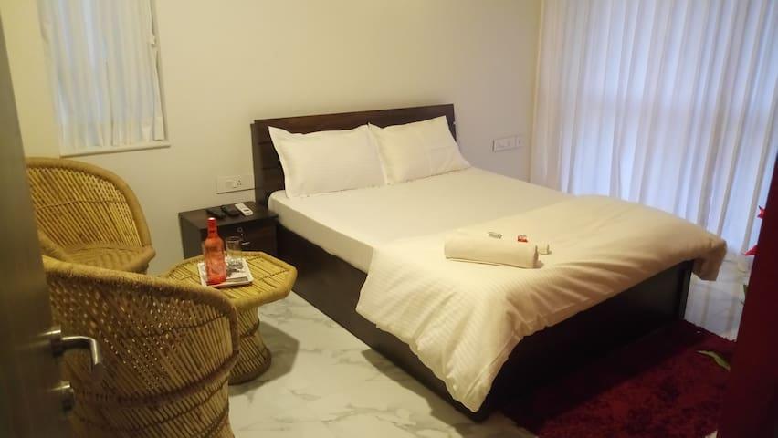 cozy room in 4 bhk