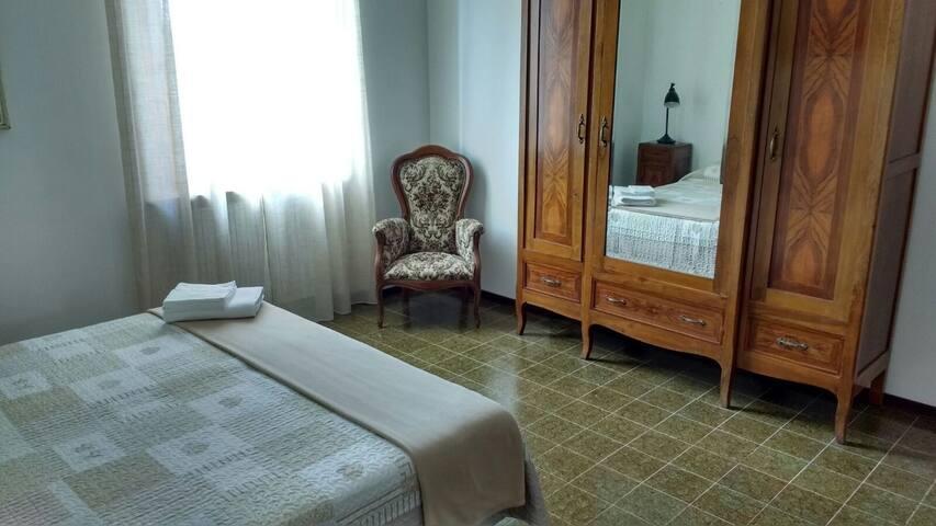 Comoda stanza doppia con bagno privato