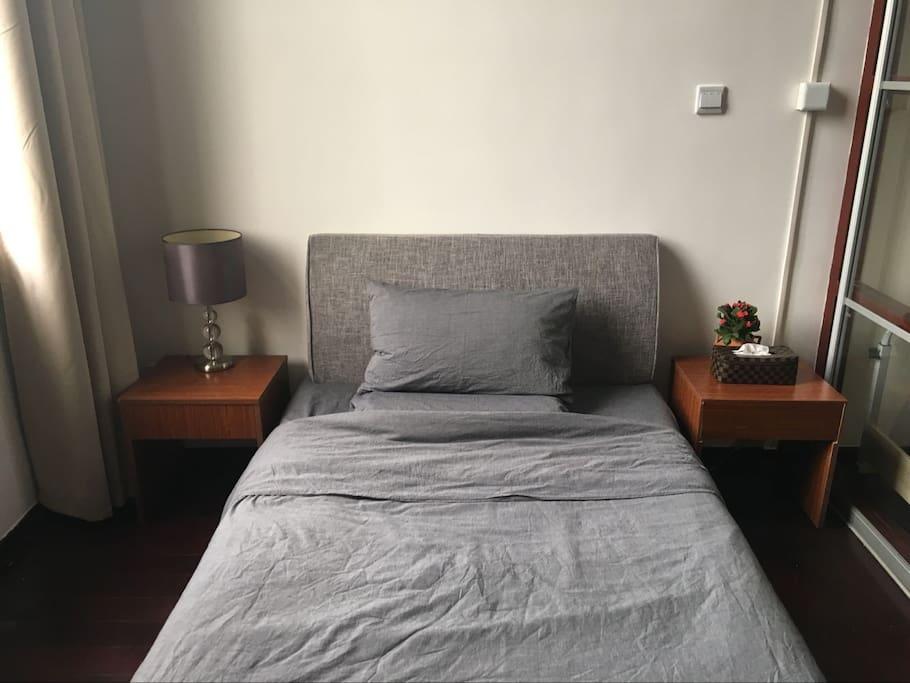Guest bedroom,Bed Width:1.2m, Muji bedding