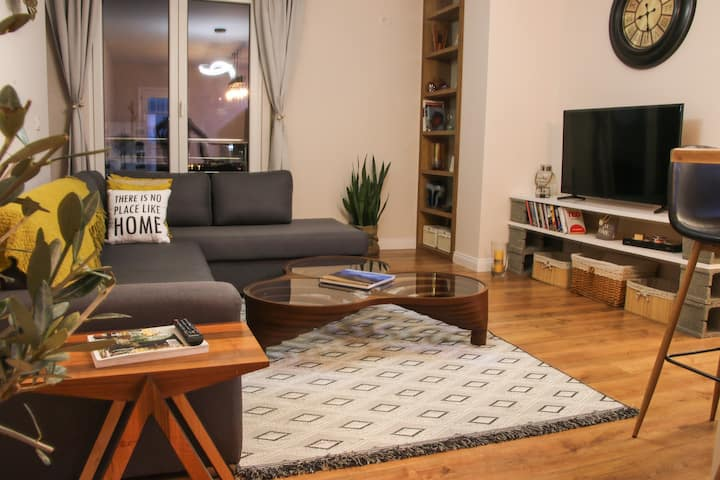 Scandi Style City Centre Apt With Great City View
