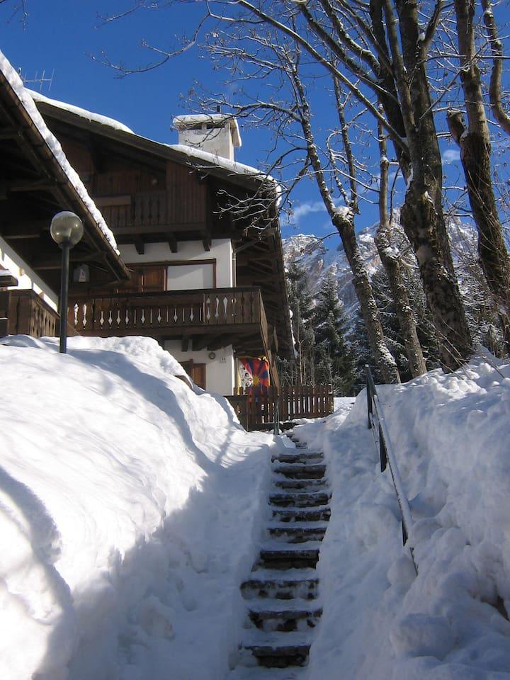 L'ingresso a casa in inverno...:-)