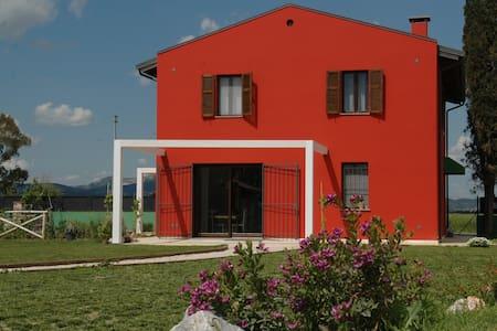 Vacanza antistress!! Casale 2km dal mare Piombino - Piombino