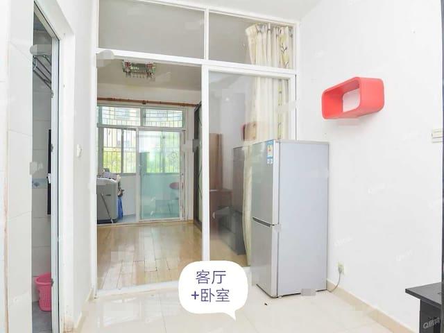 近深圳人才公园深圳湾公园海岸城40平公寓