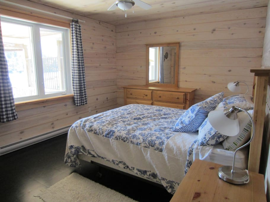 Master with queen bed and 1/2 bath