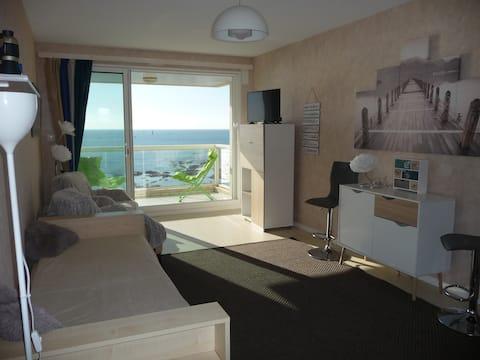 Appt face océan avec balcon vue imprenable