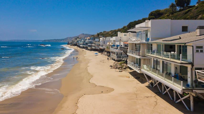 Modern Malibu Road Beachfront